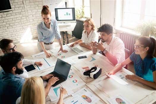 Design thinking – co to jest za metoda i dlaczego jest tak ważna w biznesie?