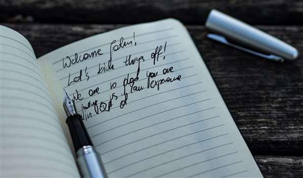 How to write a new employee Welcome Email? [Template] [Example]