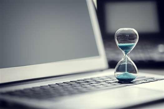 Nienormowany czas pracy – kiedy ma zastosowanie?
