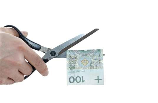 Obniżenie wynagrodzenia – kiedy jest możliwe?