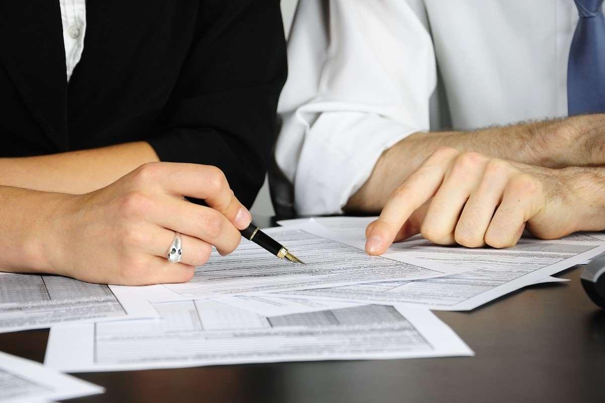 Umowa o dzieło podatek – o czym warto pamiętać?