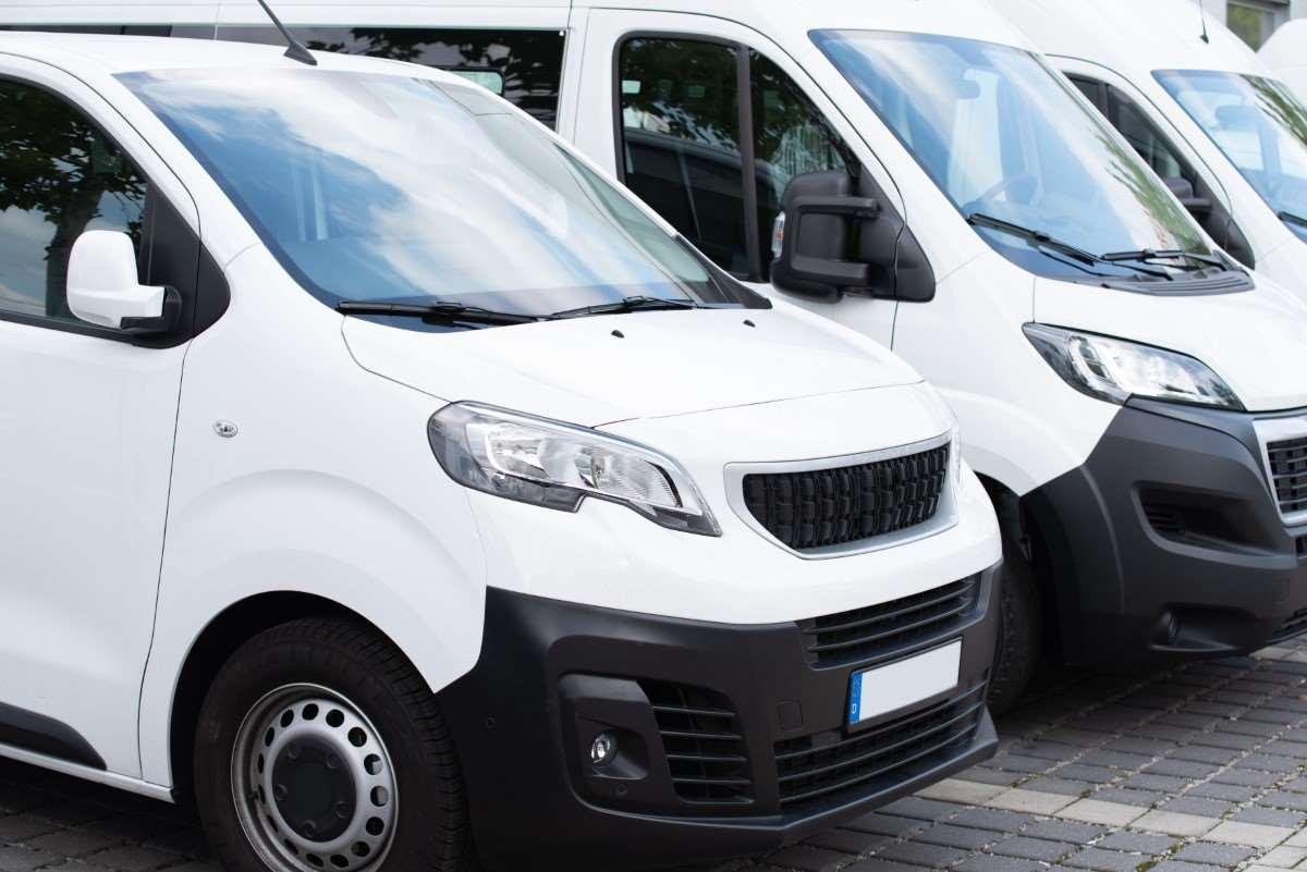 Jak prowadzić firmę transportową?