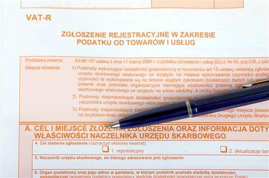 Deklaracja VAT-R – jak prawidłowo ją wypełnić?