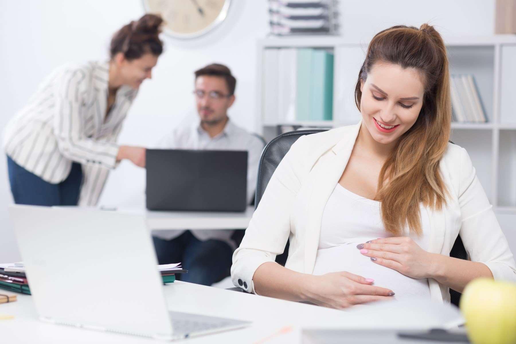 Praca podczas ciąży – ile powinna wynosić?